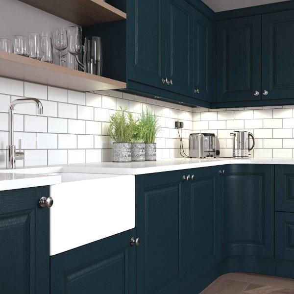 classic kitchen belfast sink
